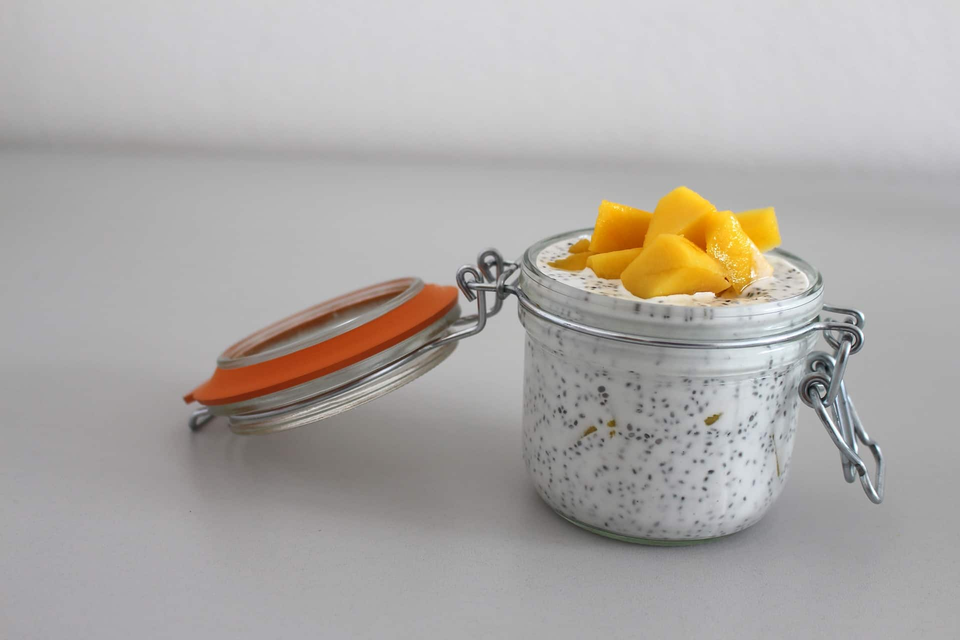 semillas de chia en yogurt