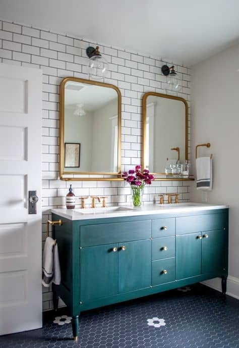 4-Add-elegance-to-your-mirror
